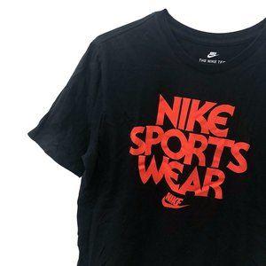 nike sportswear tee
